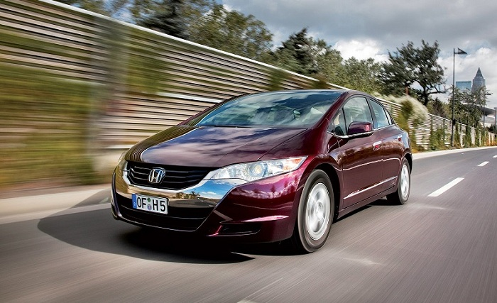Hydrogen powered Honda FCX Clarity