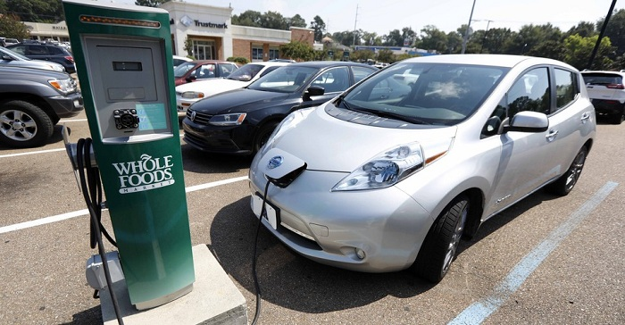 Electric Cars Charge
