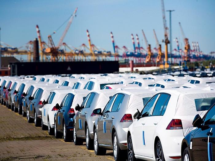 Global automotive sales will decrease